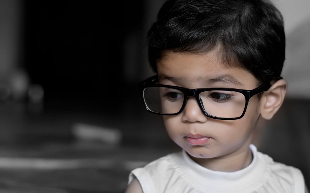 Does Your Child Need glasses? Important Warning Signs
